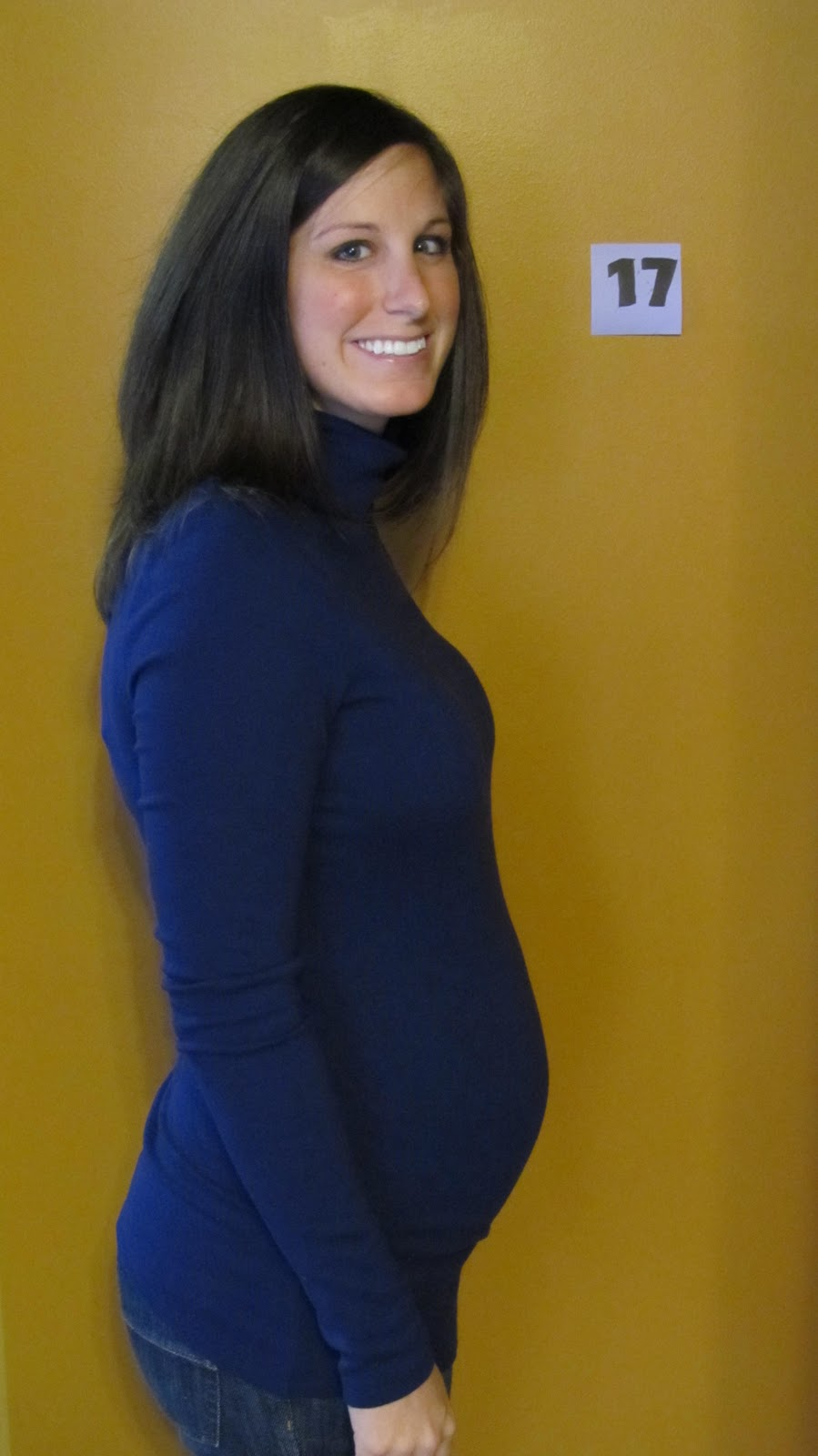 17 Weeks Pregnant! - Dream Book Design