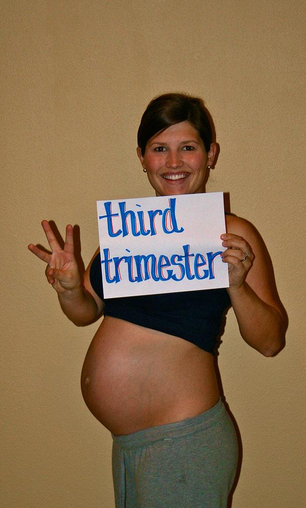 28 week baby bump