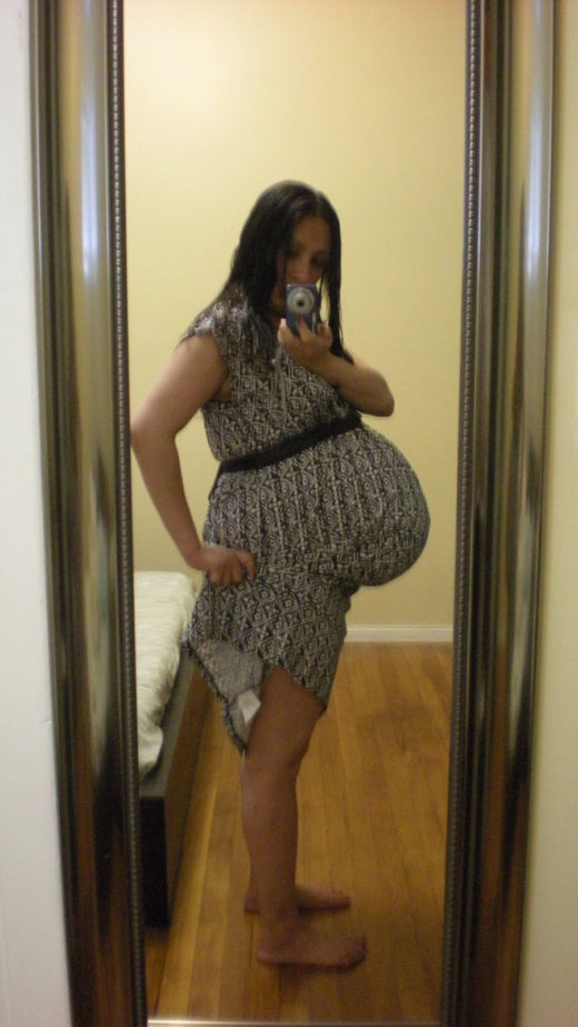 How big is a twin belly at 33 weeks?