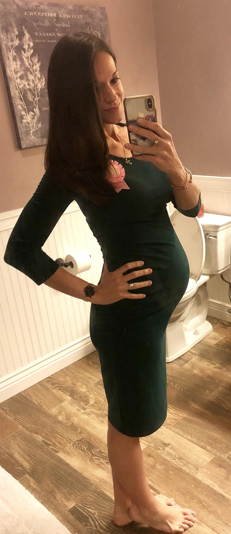 What 32 weeks pregnant looks like