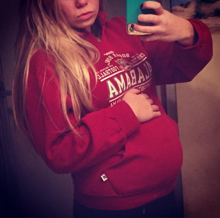 19 week baby bump