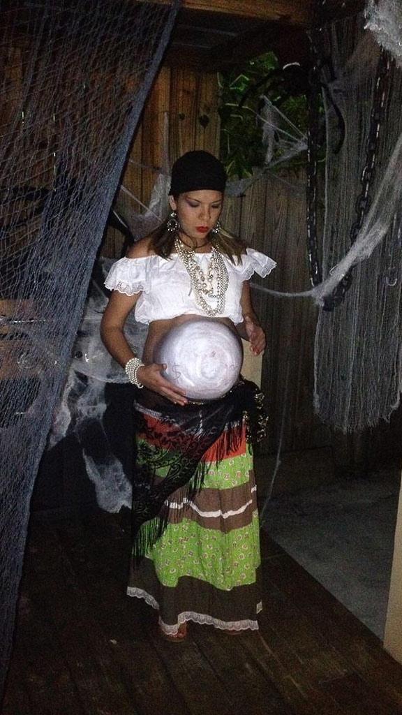pregnant costume
