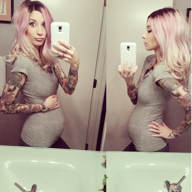 pregnant belly pics