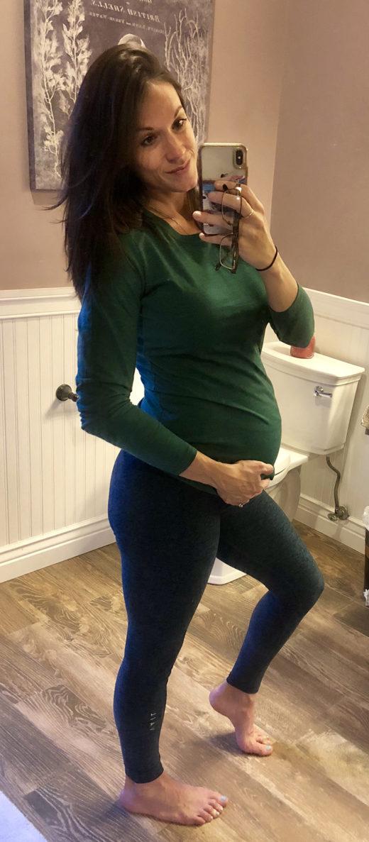 What 33 weeks pregnant looks like